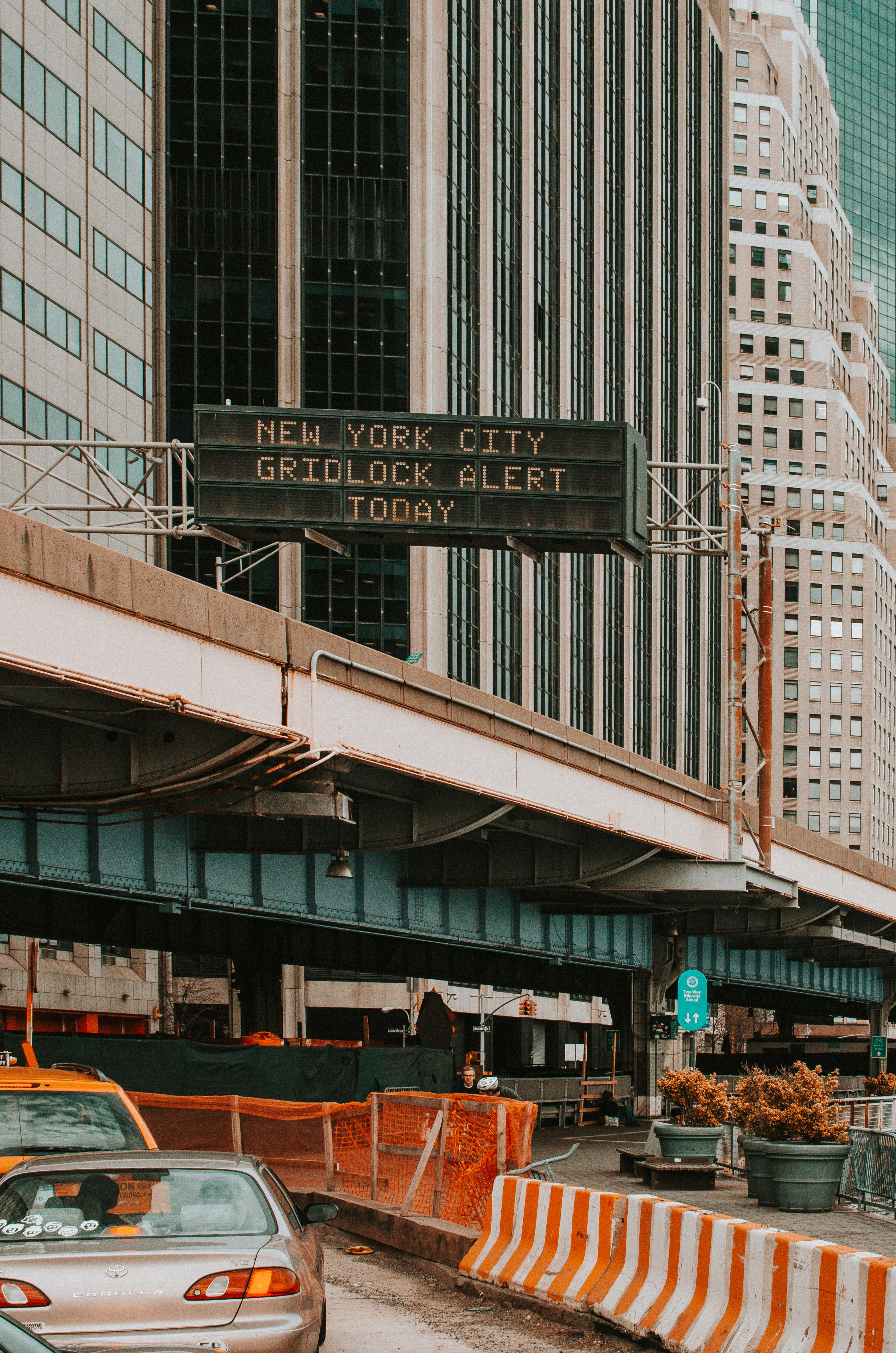 New York City Gridlock Alert Today signage board