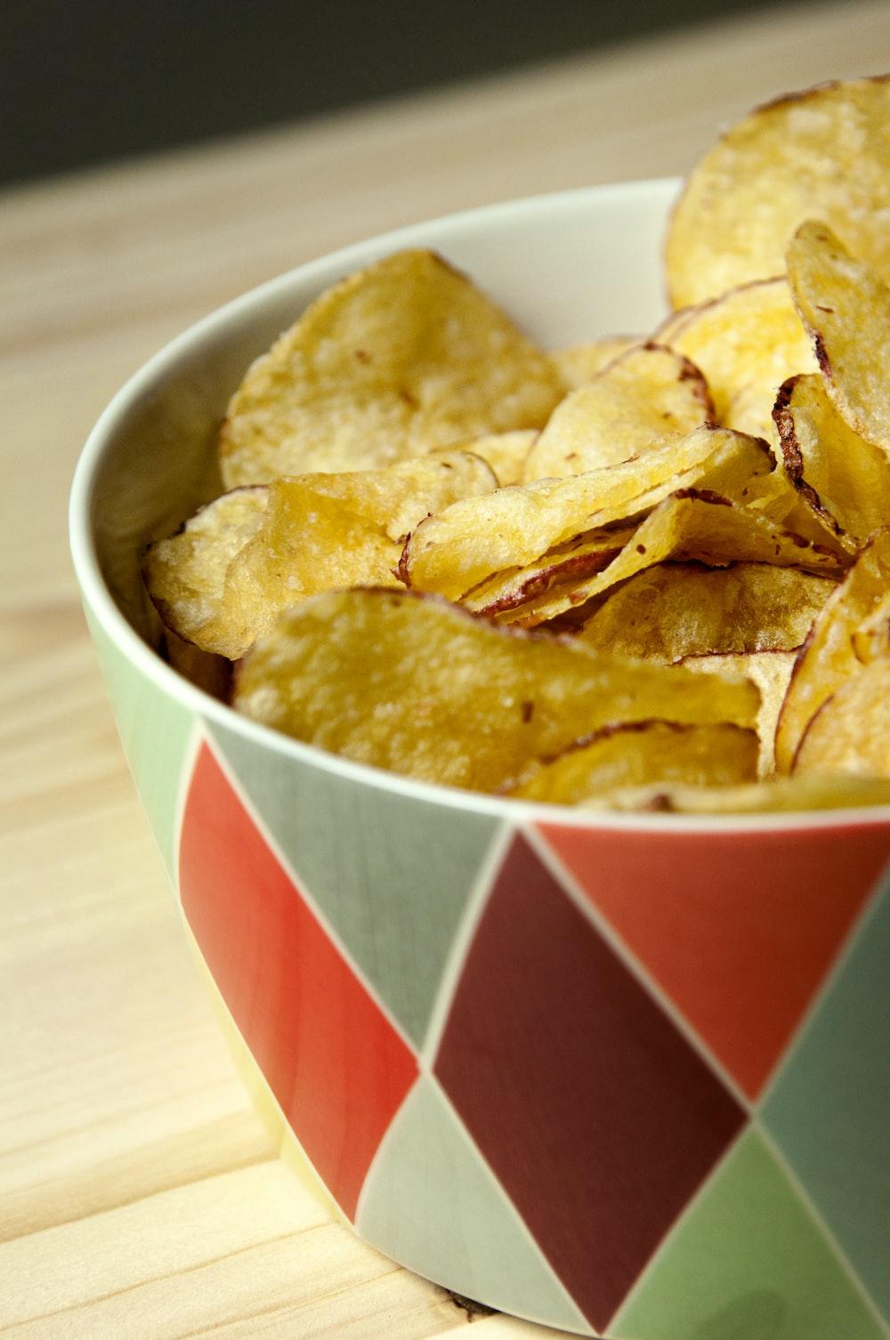 potato chips in bowl