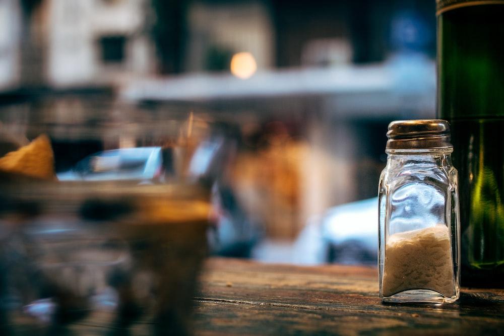 condiment shaker bottle