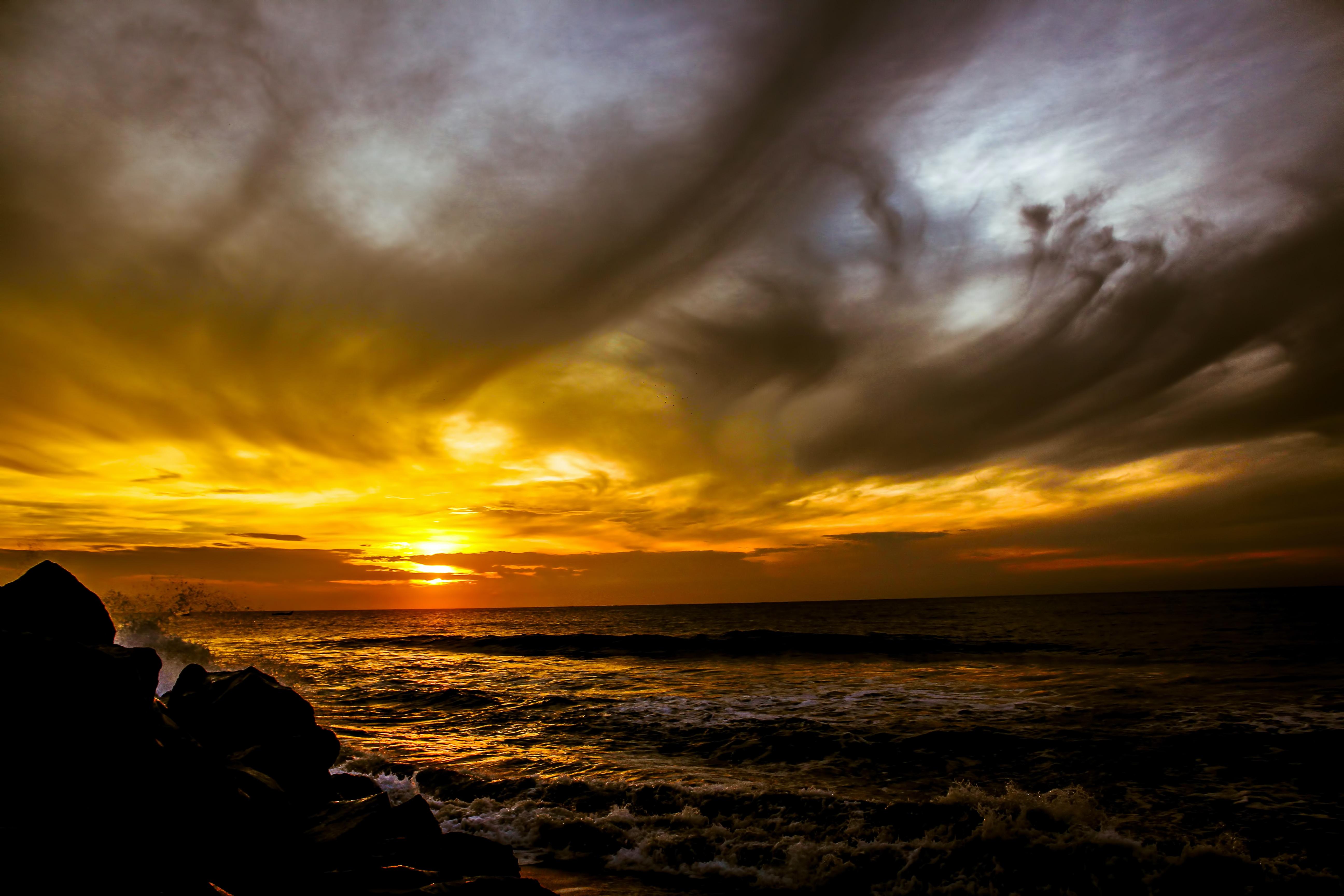 sunset screnety