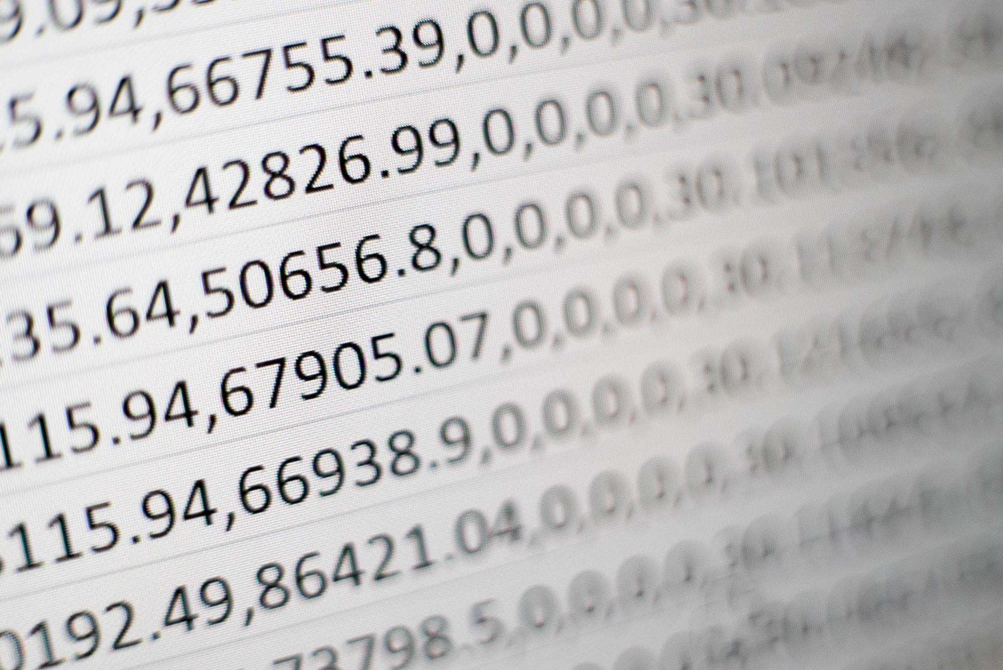 Wie kann ich eine bestehende Excel- oder CSV-Datei importieren?