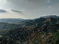 landscape photo of mountain range