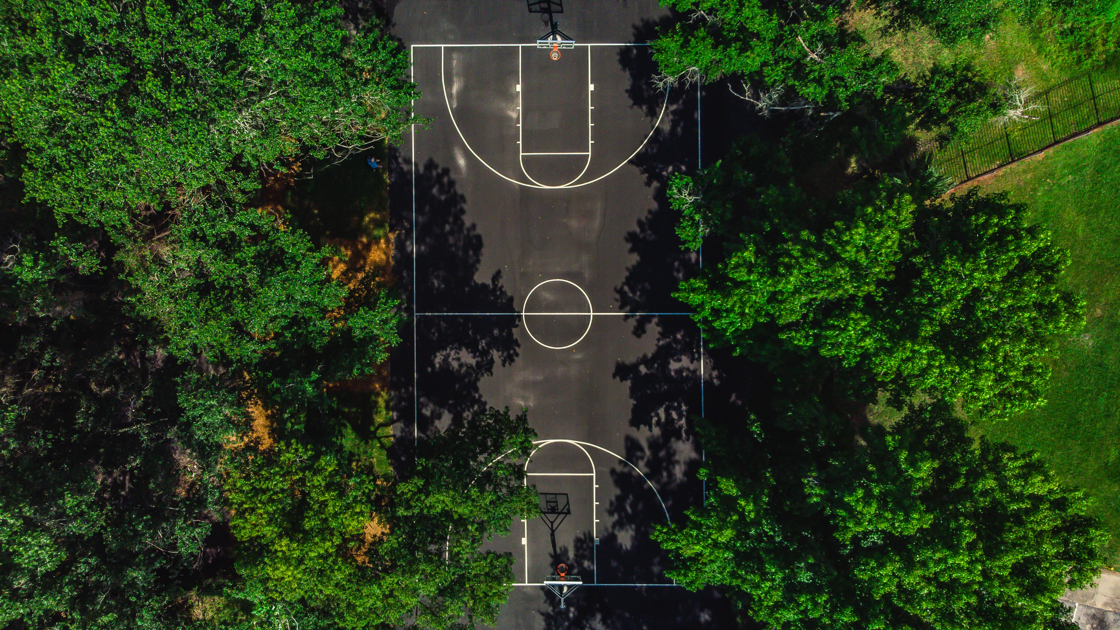 bird's eye view of basketball court