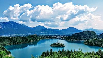 landscape photography of mountain raing slovenia zoom background