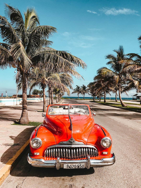 Typical old car in La Habana, Cuba
