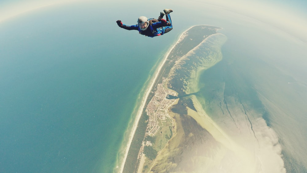 person doing skydiving
