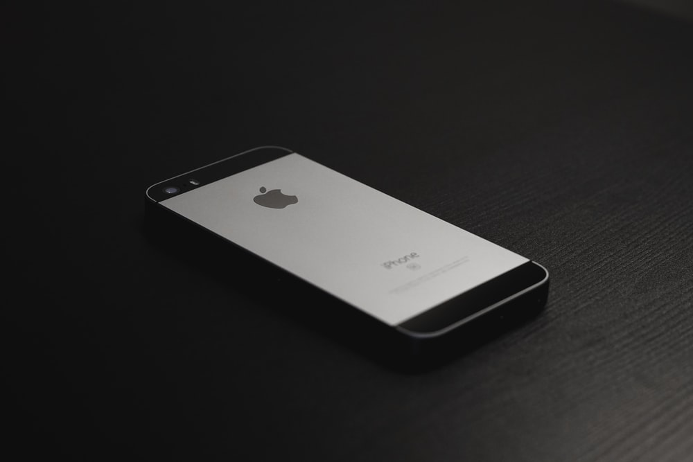 low priced 44731 b824f Iphone 5 Pictures | Download Free Images on Unsplash