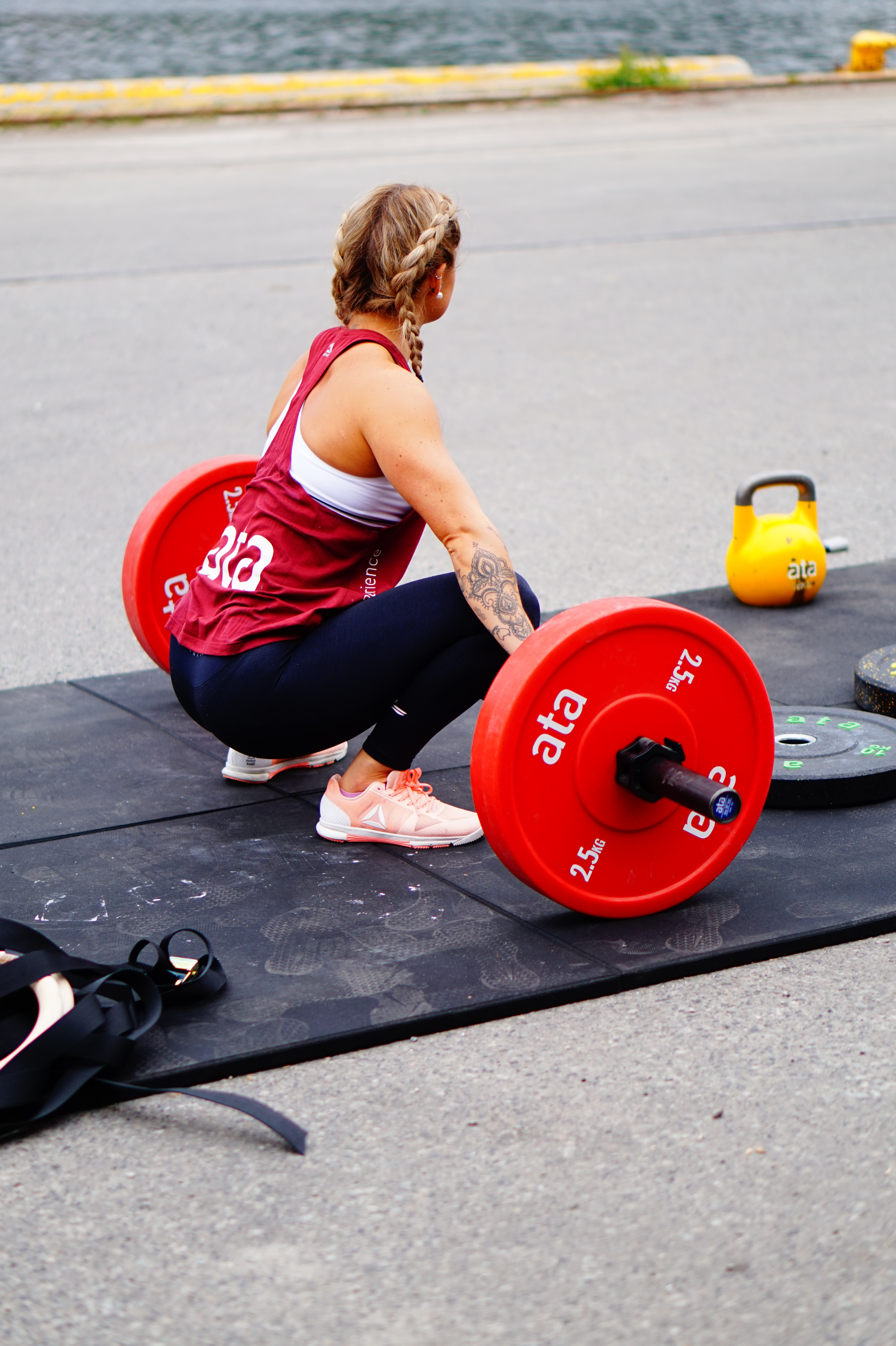 woman about to weightlifting