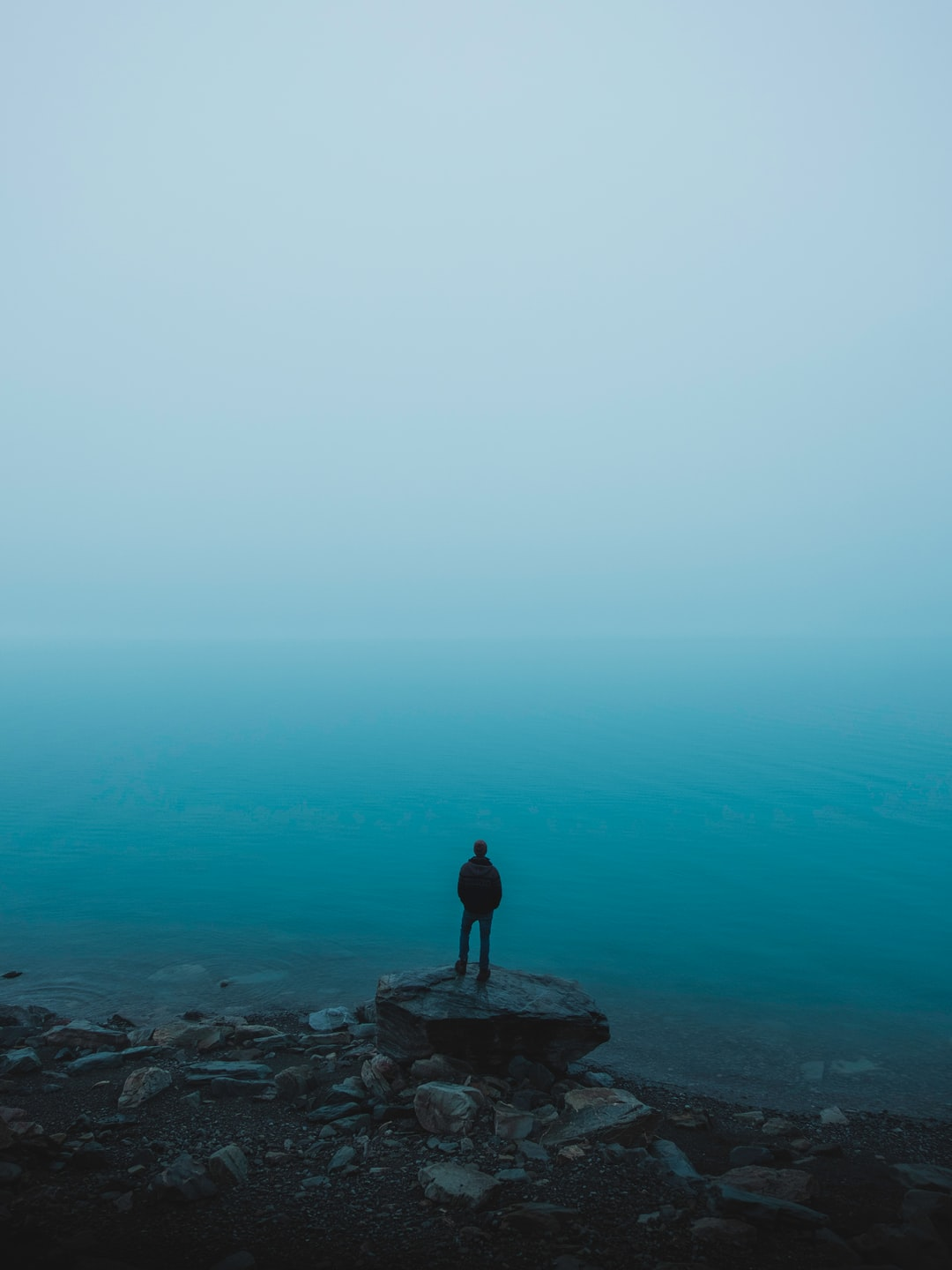 We lived the van life for a few weeks and this was one of the most misty morning we ever had. It's winter here and believe me, it's cold. The heavy fog was ghostly floating over Lake Pukaki and made we wanna capture this unreal moment.