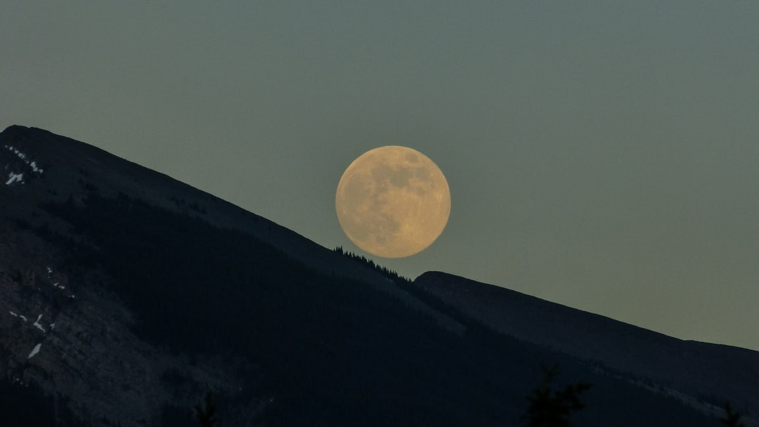 Moonrise over Grotto Mountain