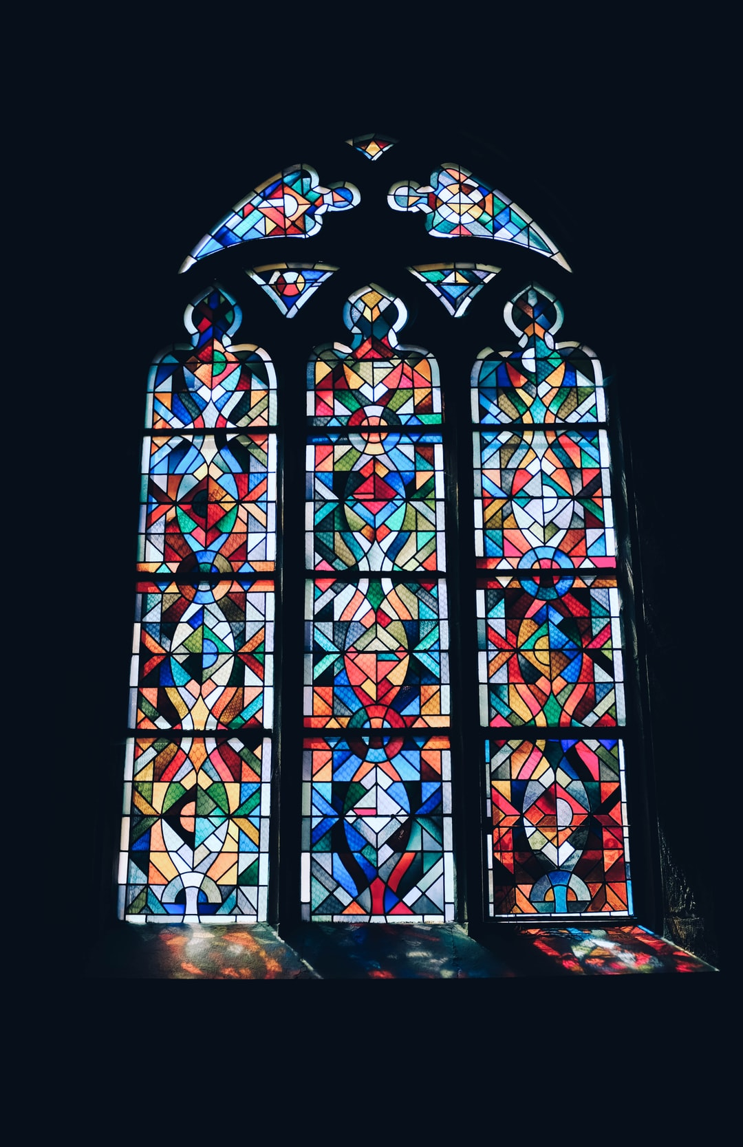 Stained Glass Pictures Download Free Images On Unsplash
