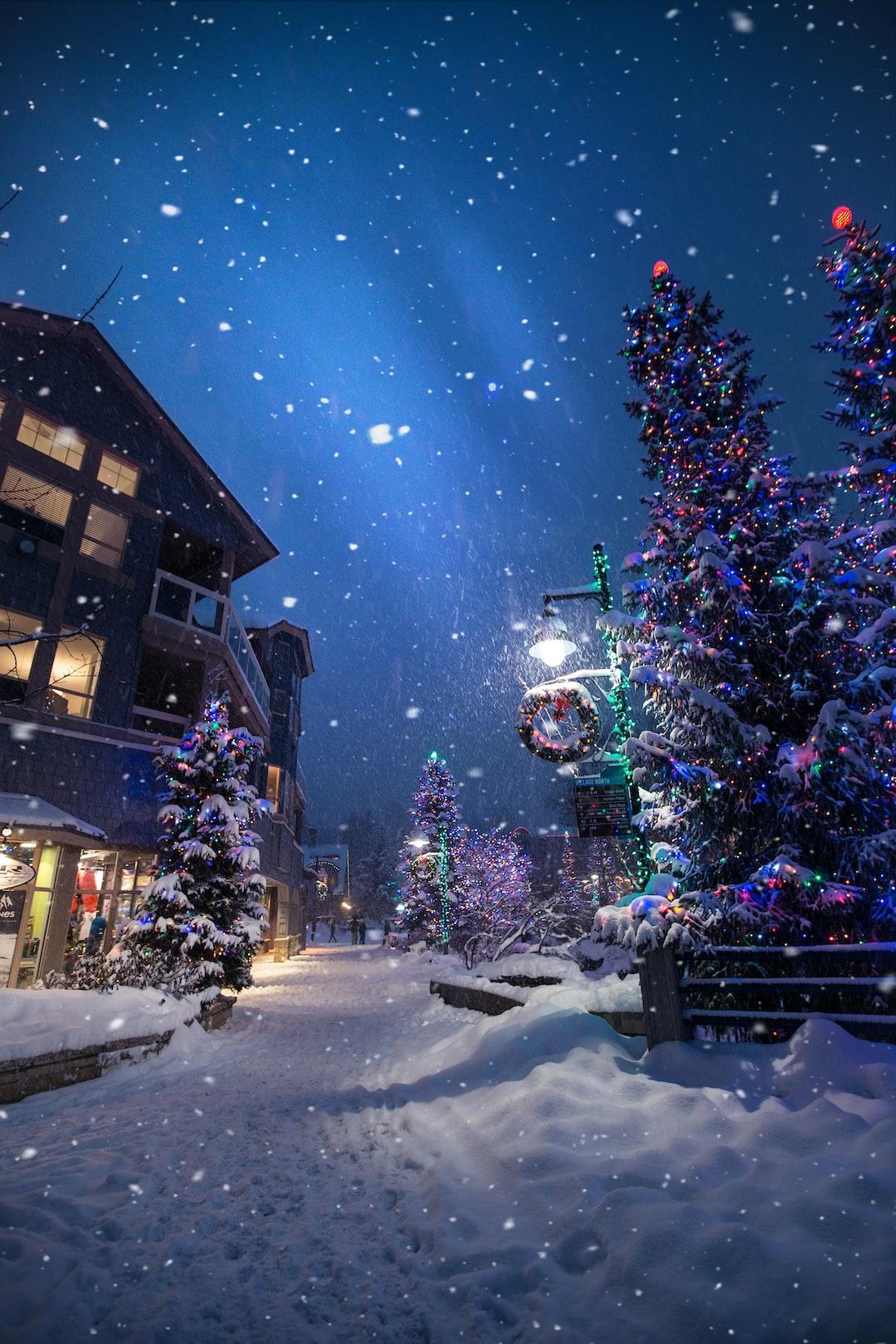 Christmas Wallpapers Free Hd Download 500 Hq Unsplash