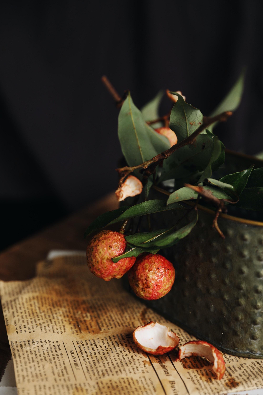 red round fruit