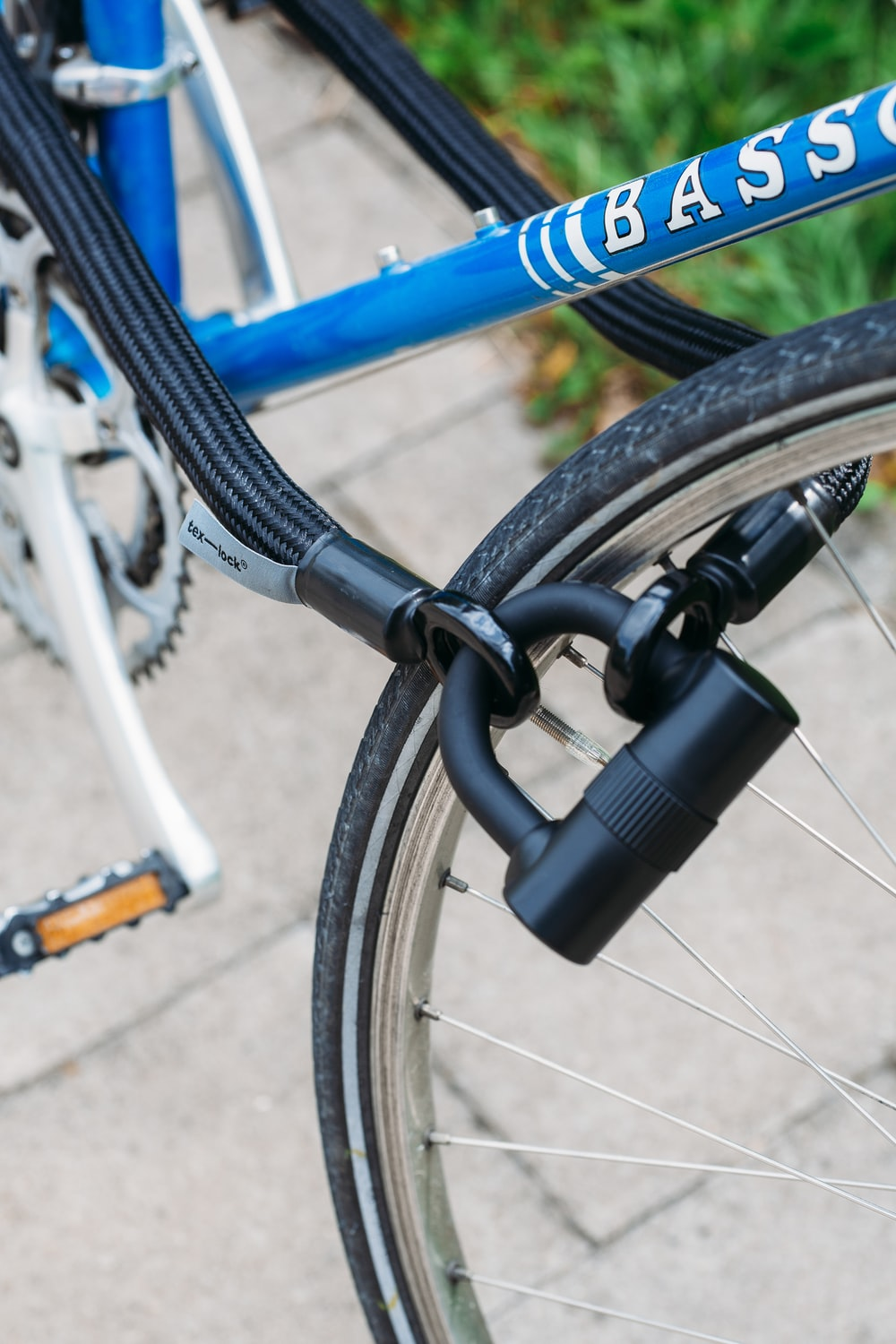 black bicycle lock