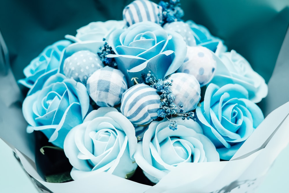 blue and white artificial flower bouquet