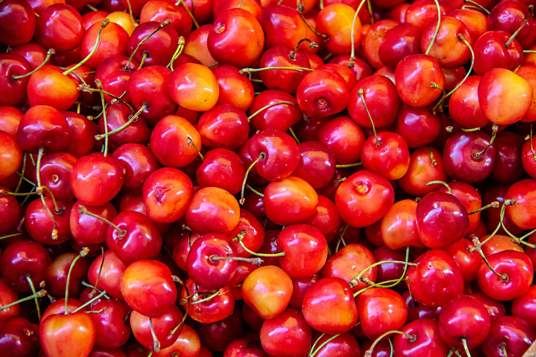 In Sorrento, in June, the cherries are ripe and ready to pick and send to market.  Due to the high temperatures and humidity, they also have, what the locals call Cherry Storms, thunderstorms that are dramatic, heavy and clear the air within a couple of hours.