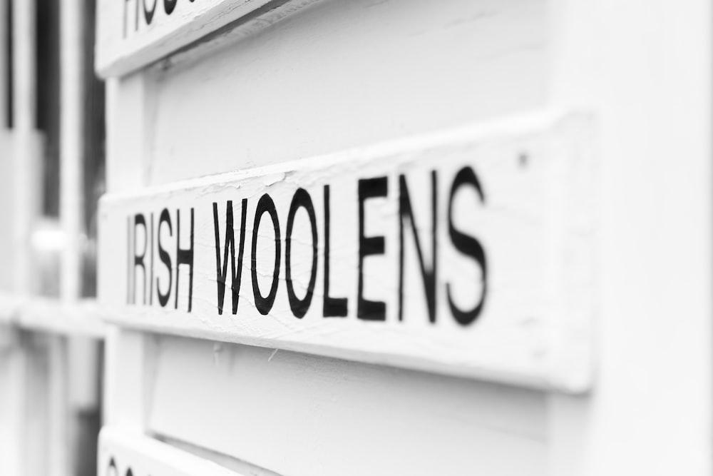 Irish Woolens logo