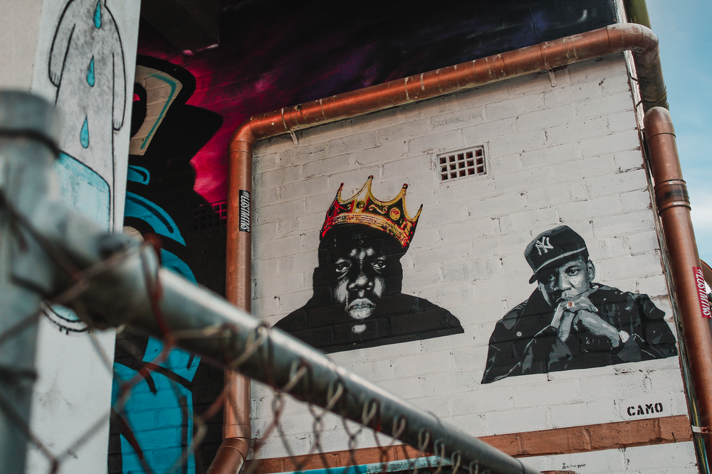 graffiti artwork on wall
