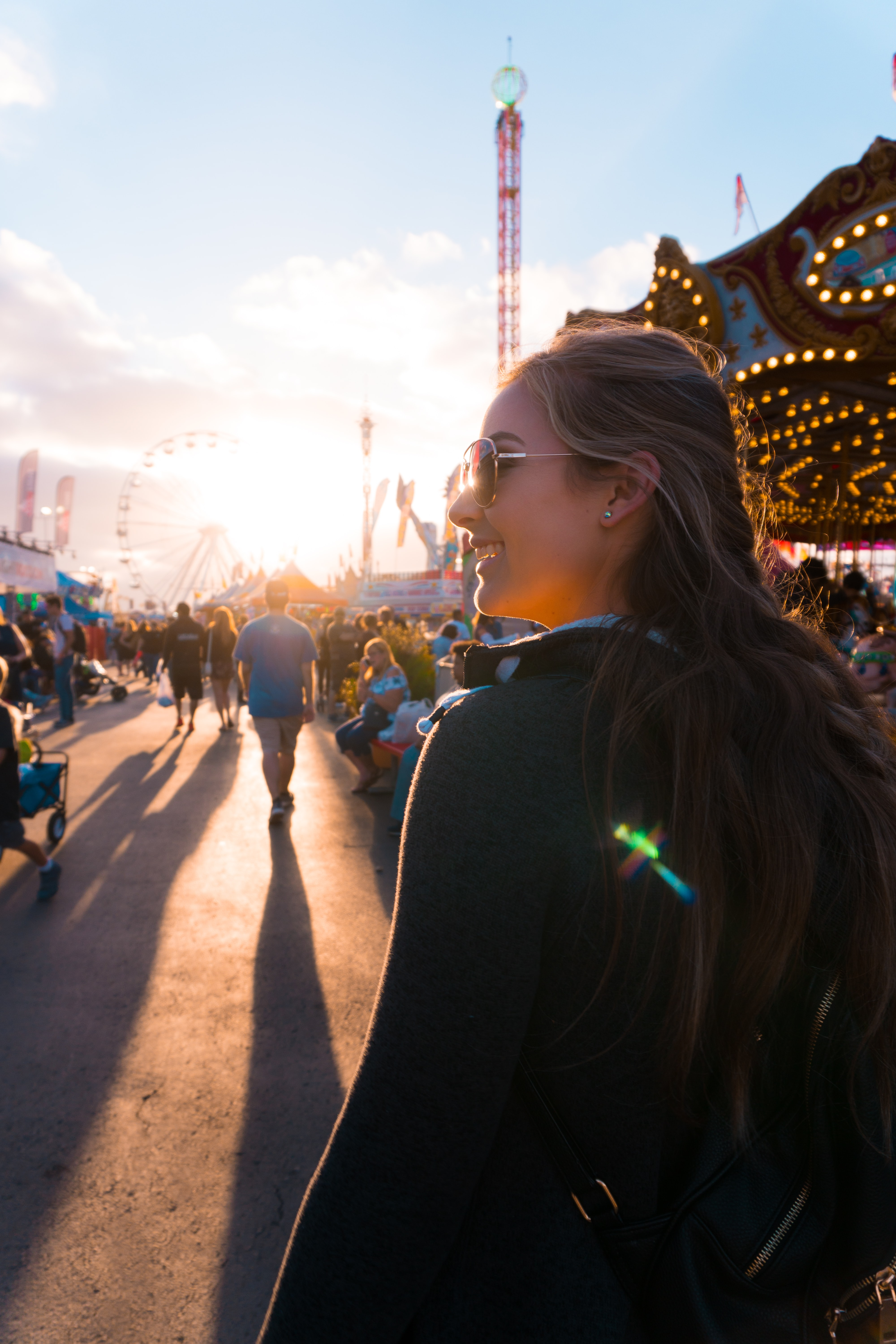 woman wearing sunglasses on themed park