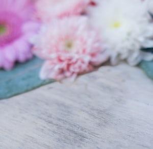 3915. Virágok