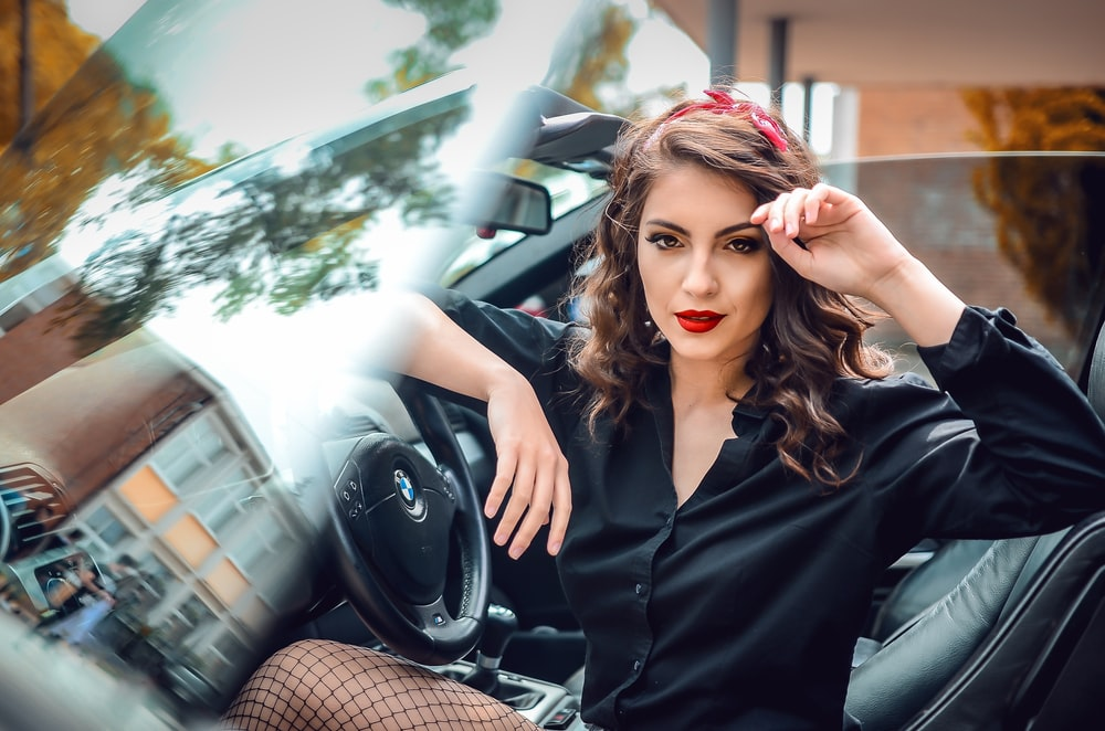 vintage girl pinup american muscle car pictures   download free