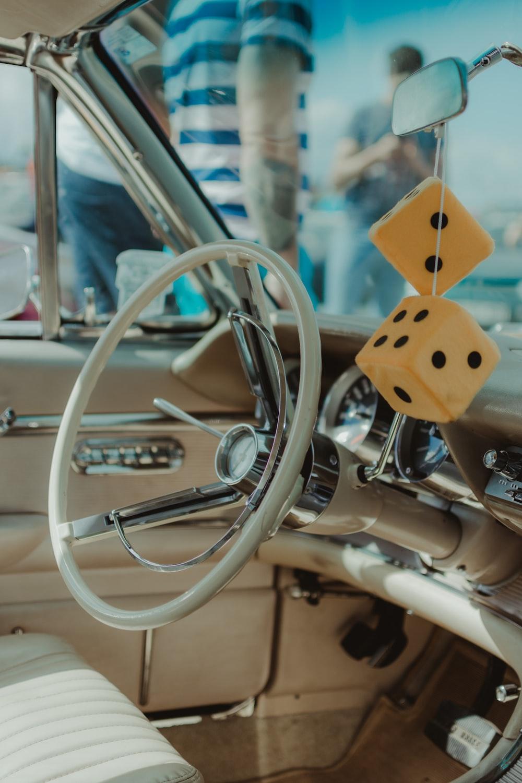 white steering wheel