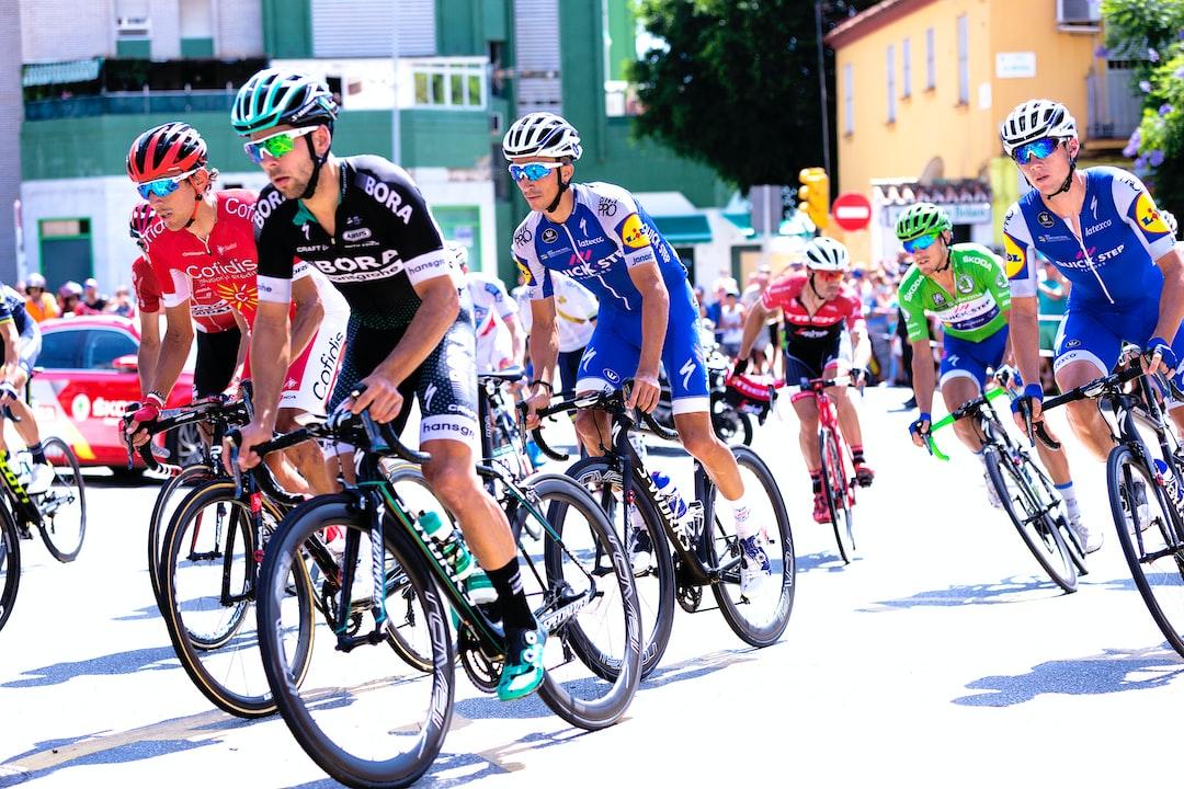 Vuelta ciclista a su paso por Málaga.