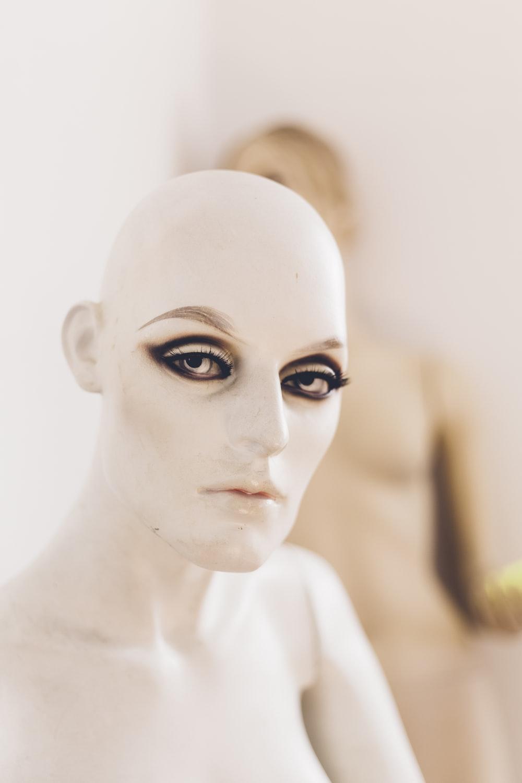 tilt shift lens photography of mannequin
