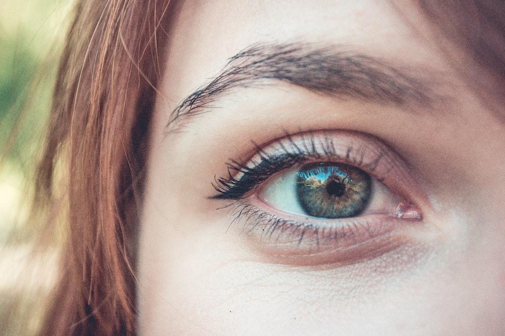 right woman's eye