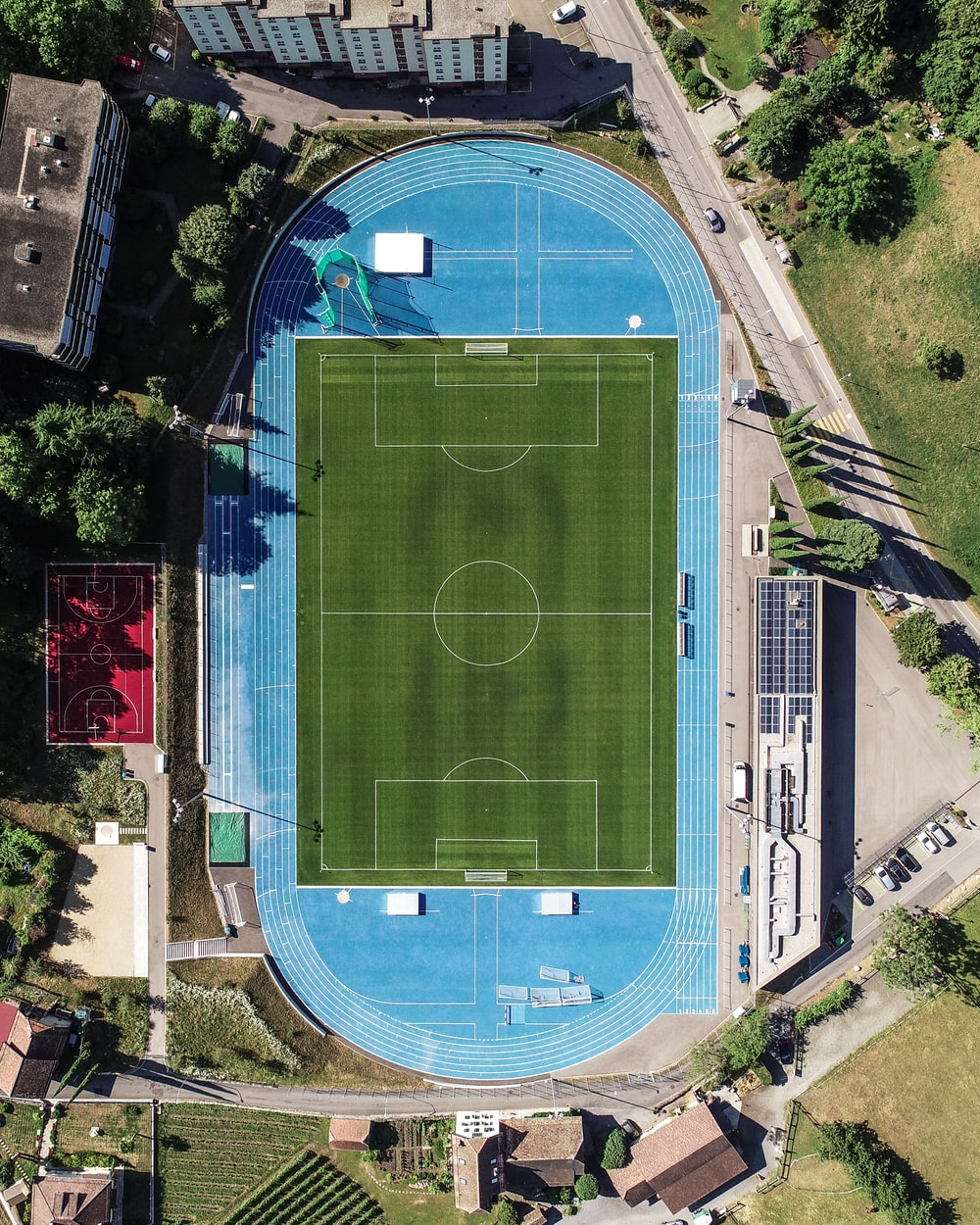 aerial photography of American football stadium at daytime