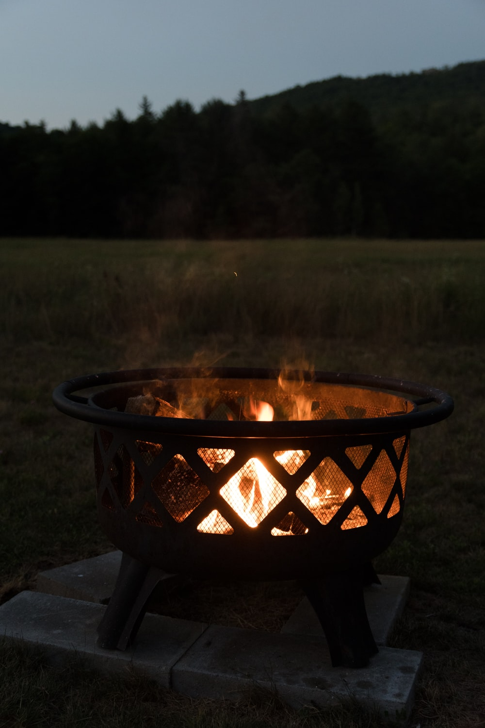 round black fire pit during daytime