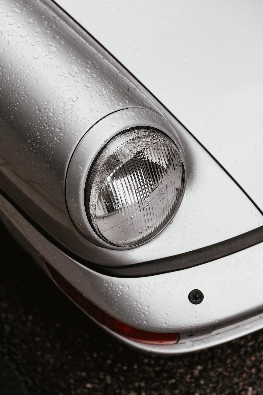 close up photography of vehicle headlight