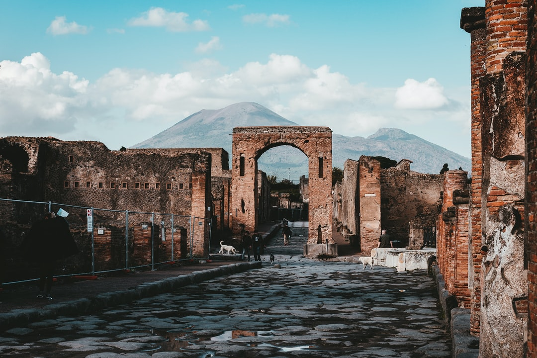Back in November 2016, my Fiancée and I headed to the Pompeii Excavation Site. I had been here when I was 15, back in 2005, but they've opened up SO MUCH more of the site since - I wasn't prepared for the huge walk around the site haha, very warm day too. I've used one of Annie Spratt's presets to give this photo a bit of extra depth, looks pretty good I think!