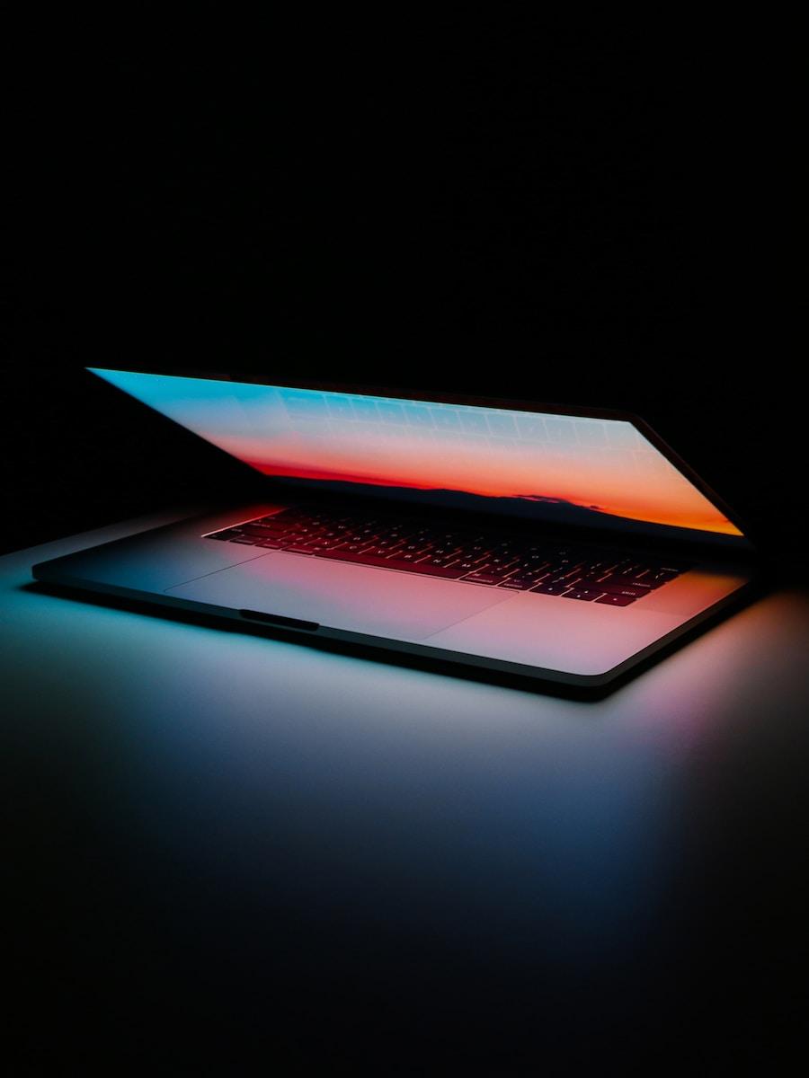 CDN - Fastly - MacBook - Oligopolio