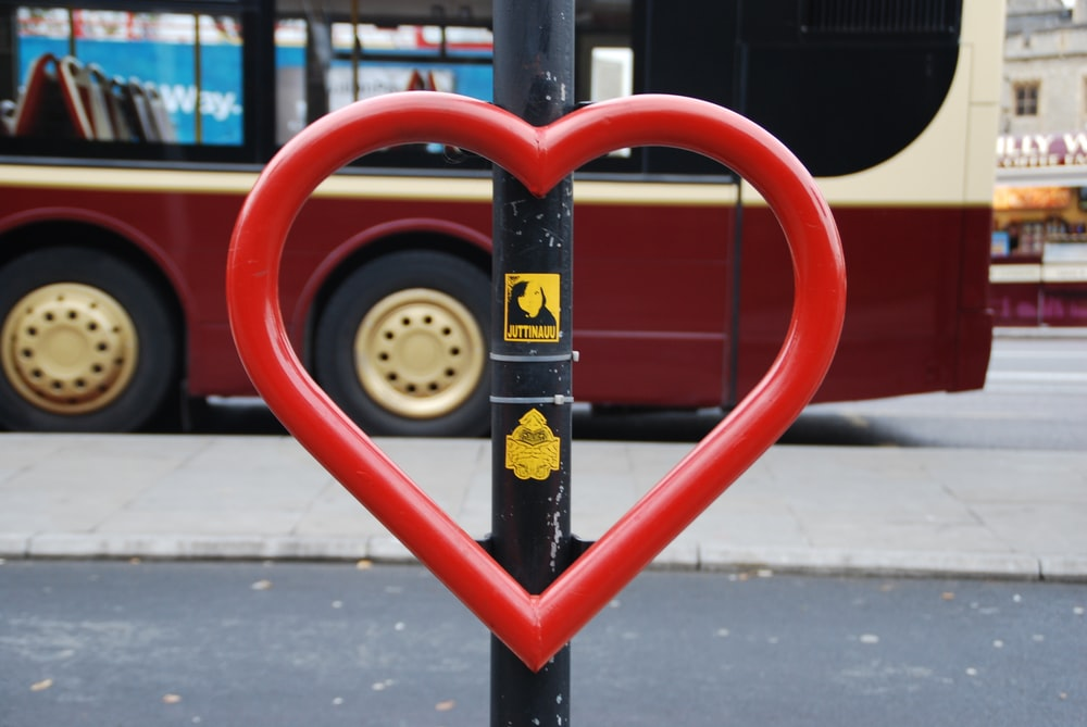 red heart roado pole device