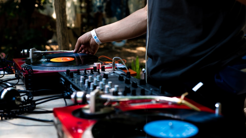 Dj Mixer Pictures | Download Free Images on Unsplash
