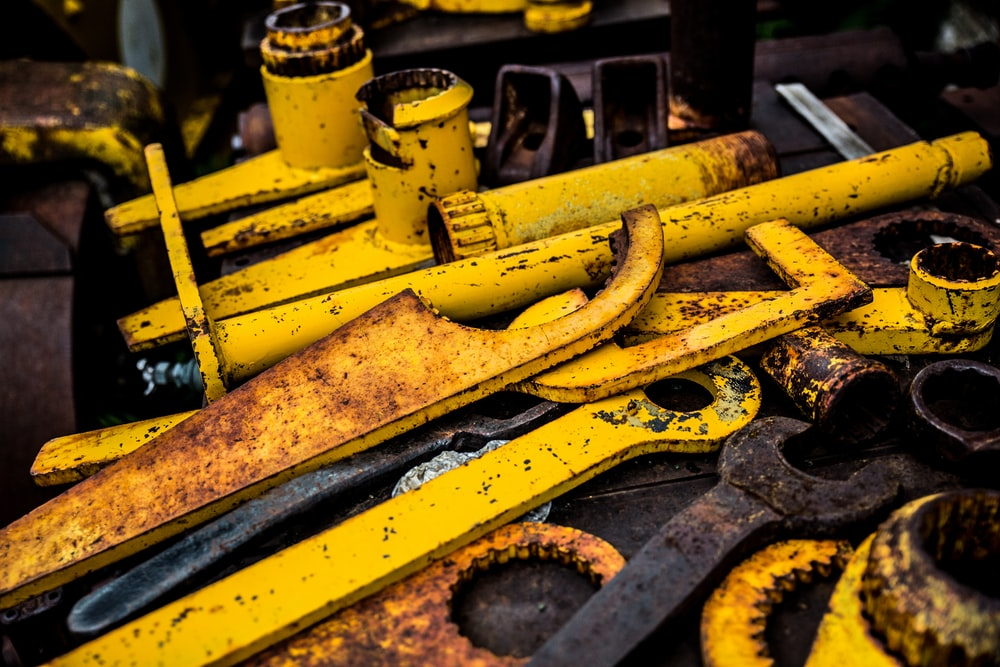 yellow metal tool lot