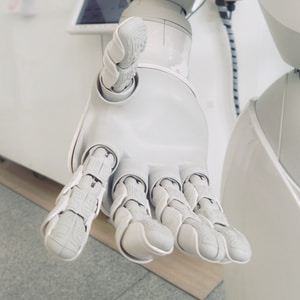 closeup photo of white robot arm