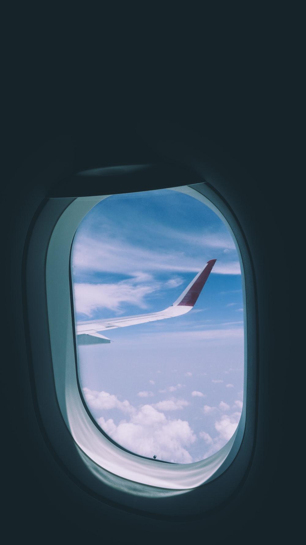 photo of airplane taking flight