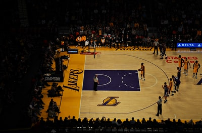 lakers player taking technical freethrow lakers teams background