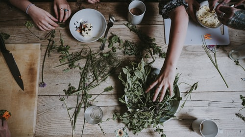 THE GREAT WAY HERBS HELPS THE BODY