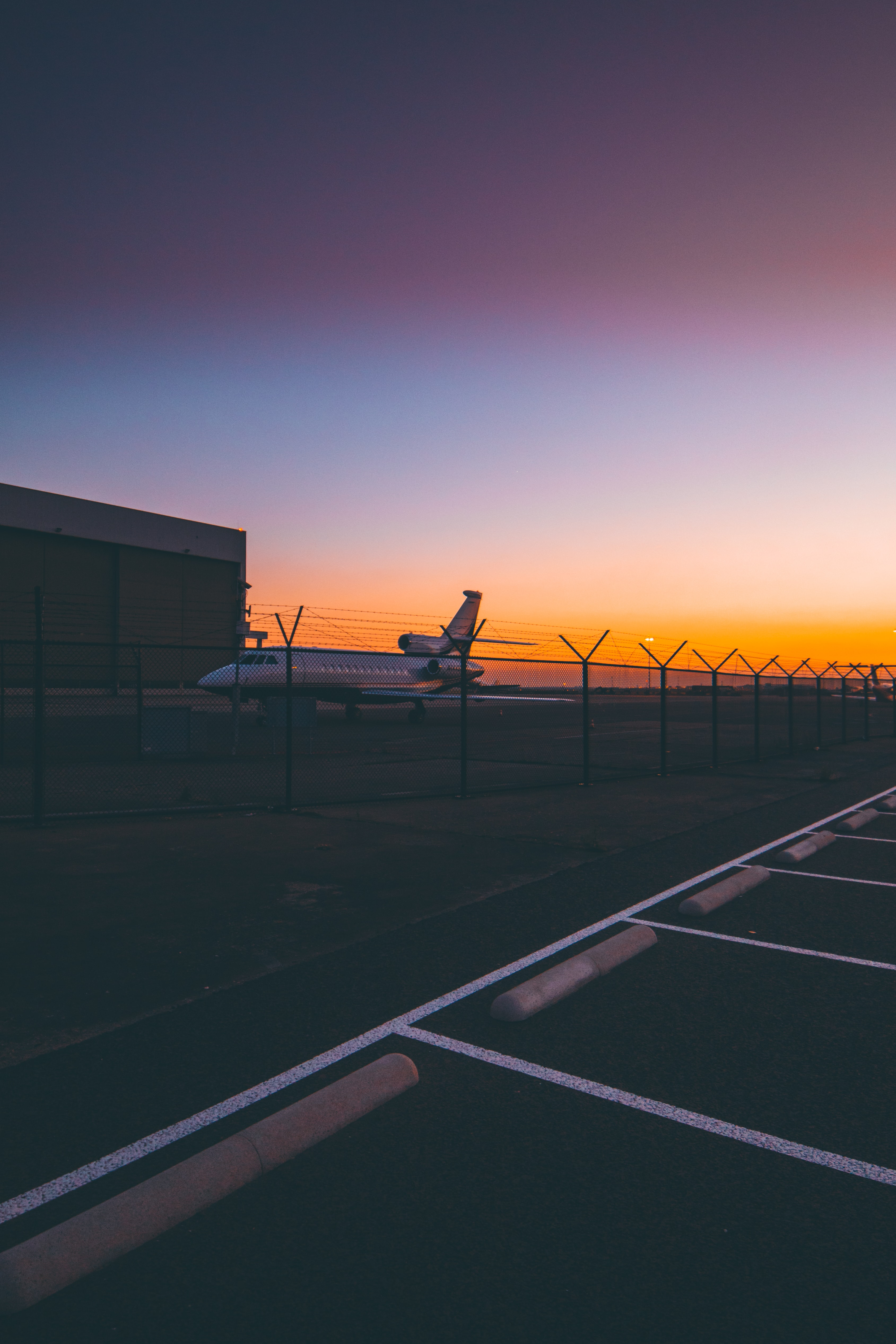 airplane during golden hour
