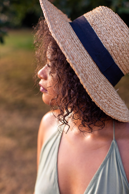 gray straw hat