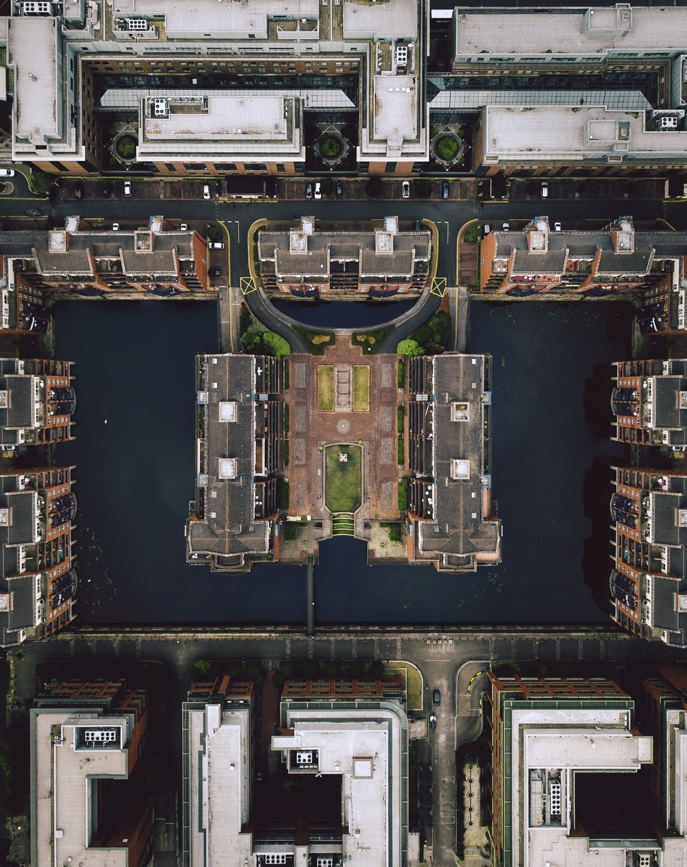 aerial photography of buildngs