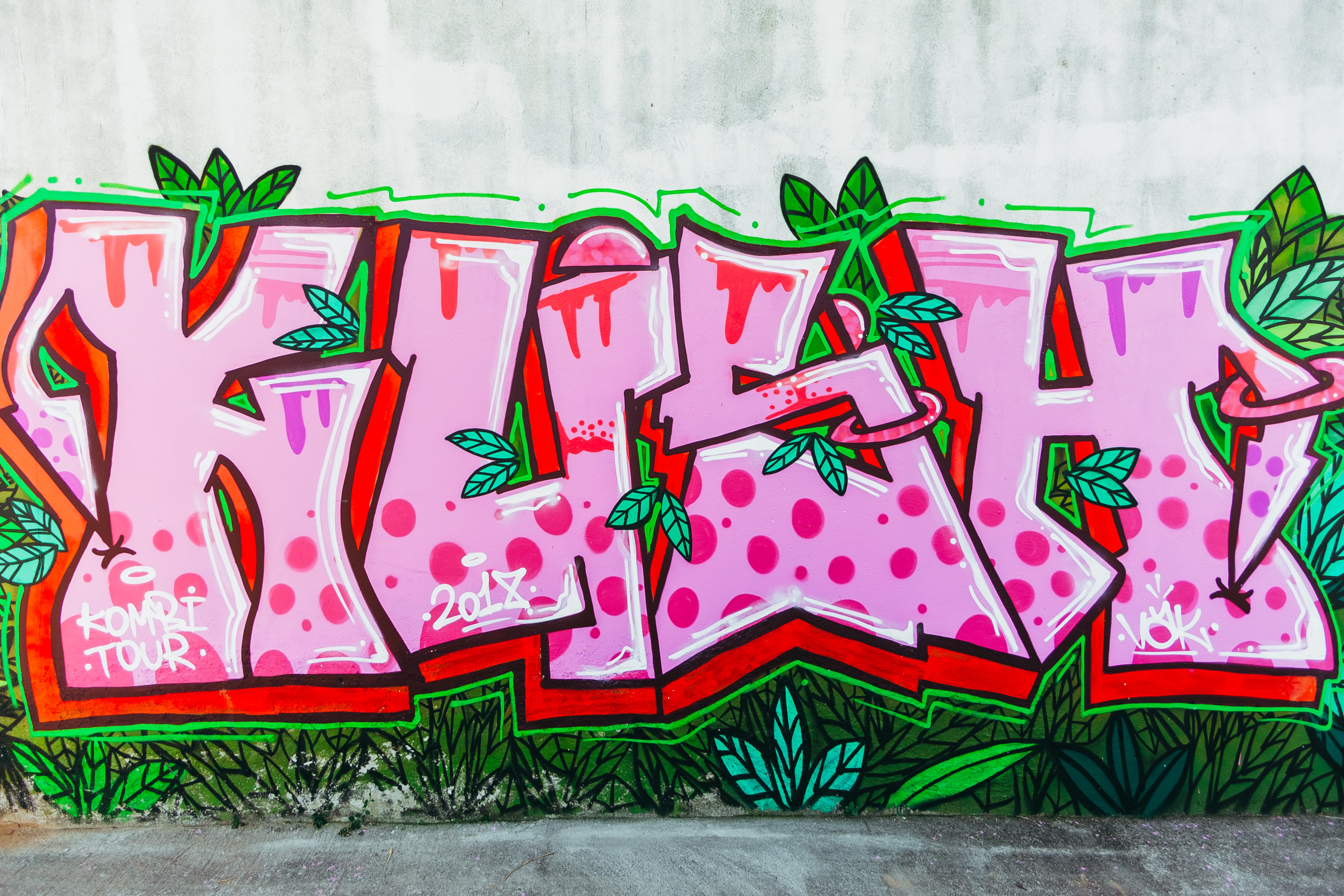 pink and green kush graffiti