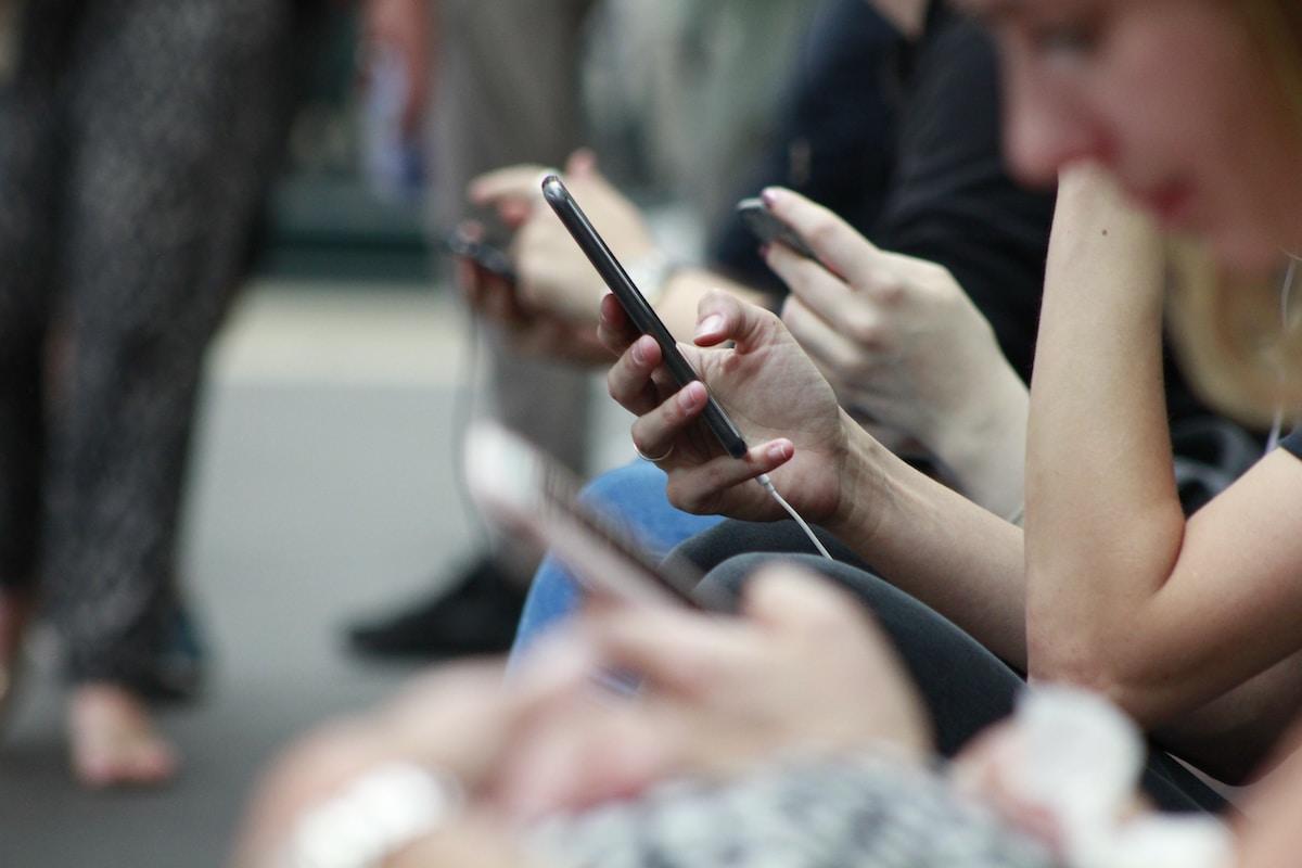 Adolescentes, redes sociales,