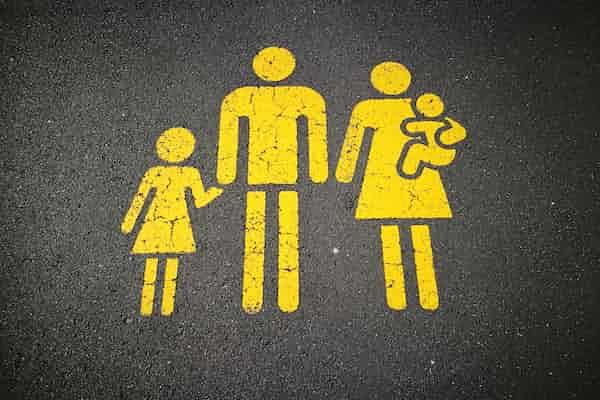 שיטת 'אַיֶּכָּה': טיפול בילד באמצעות ההורה