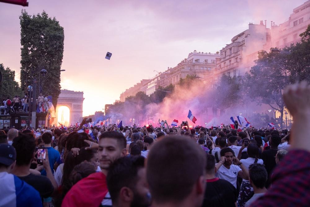 【推】巴黎8區・香榭大道奢華住一晚