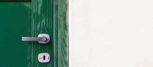 מי זה דופק בדלת? המתבגר בין מסמן אחד לאחר