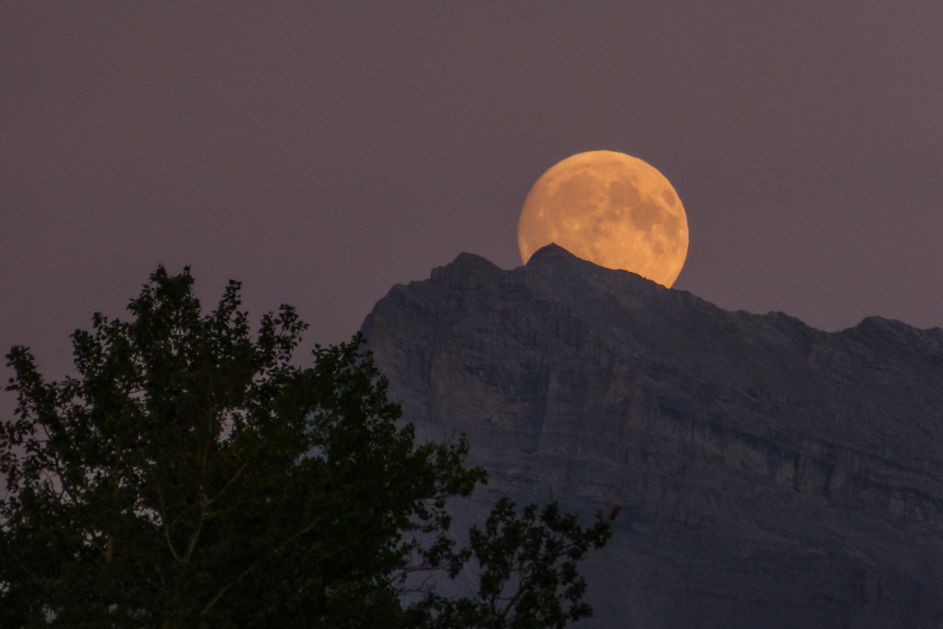 moon over the horizon